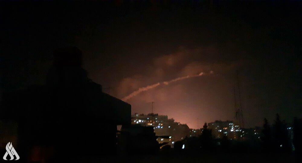 الدفاعات الجوية السورية تتصدّى لعدوان في سماء حمص